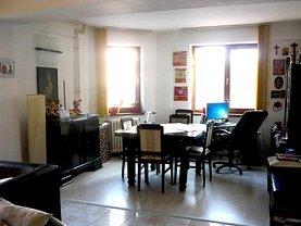 Casa de vânzare 10 camere, în Constanţa, zona Ultracentral