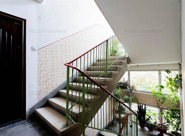 apartament in cantemir - imaginea 1