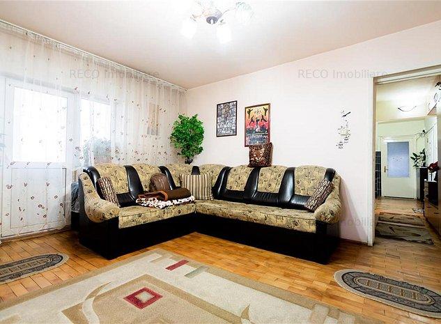 Apartament 4 camere zona centrala - imaginea 1