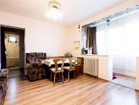 Apartament de vânzare 3 camere, în Oradea, zona Central