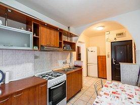 Apartament de închiriat 2 camere, în Oradea, zona Decebal