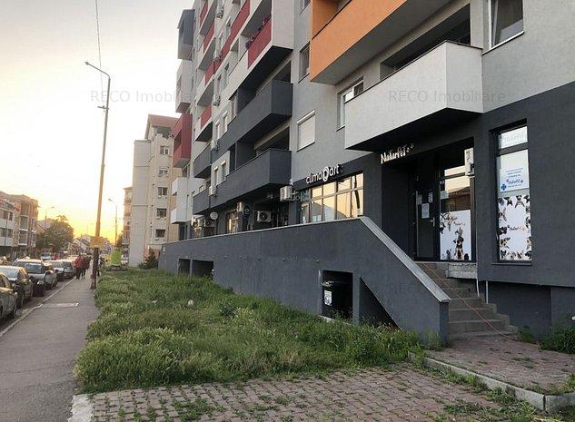 Spatiu comercial stradal cartierul Iosia, strada Lapusului - imaginea 1