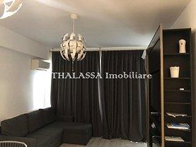 Apartament de închiriat 3 camere, în Craiova, zona Central