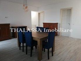 Apartament de închiriat 3 camere, în Craiova, zona Calea Bucureşti