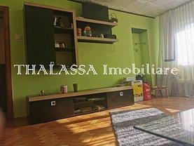 Apartament de vânzare 3 camere, în Craiova, zona Sărari