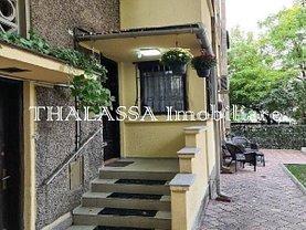Apartament de vânzare 3 camere, în Galati, zona Ultracentral