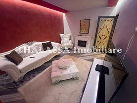 Apartament de vânzare 3 camere, în Galaţi, zona Micro 17