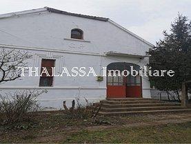 Casa de vânzare 4 camere, în Poiana Mare