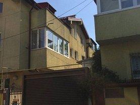 Casa de vânzare 8 camere, în Bucureşti, zona Antiaeriană