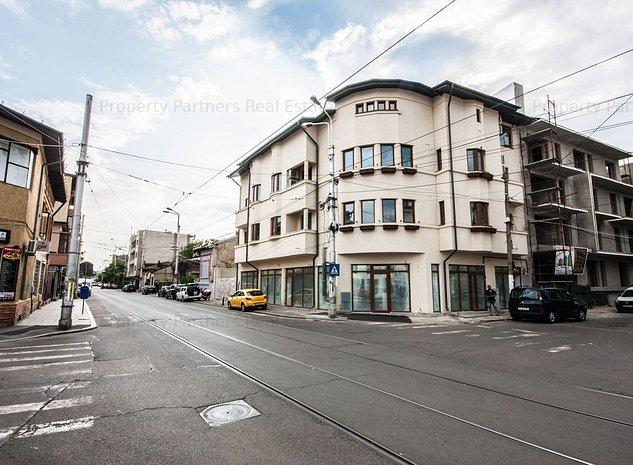 Cladire de birouri / cladire rezidentiala in zona Dacia - imaginea 1