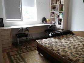 Apartament de vânzare 3 camere în Iasi, Zimbru