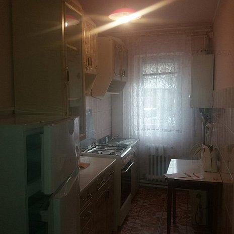 Apartament 2 camere, decomandat, Gara-Billa - imaginea 1