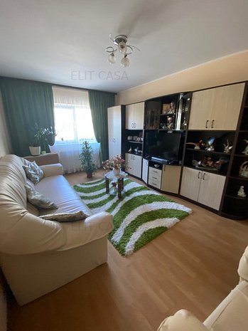 Apartament 3 camere -zona Canta etaj1/4 - imaginea 1