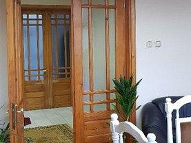 Casa de închiriat 4 camere, în Constanţa, zona Tomis I