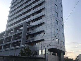Casa de închiriat 4 camere, în Bucureşti, zona P-ţa Victoriei