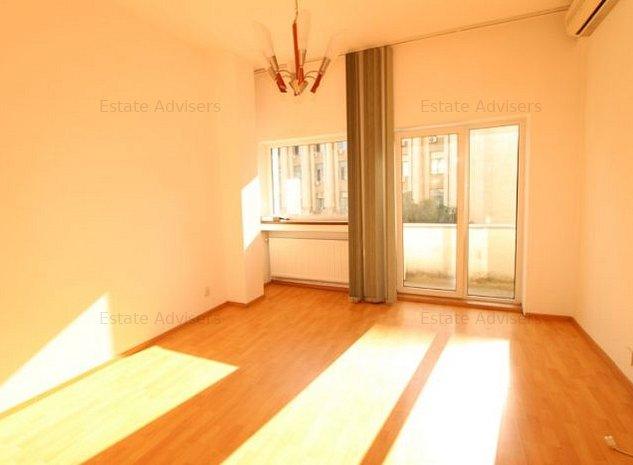 Inchiriere apartament 5 camere-ideal birou-Universitate - imaginea 1