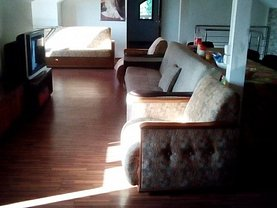 Casa de închiriat 5 camere, în Galaţi, zona Piaţa Centrală