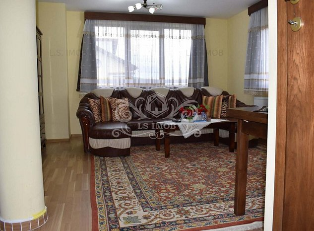 Casă deosebită de vânzare, în Prejmer, în cartier de vile - imaginea 1