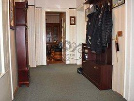 Casa de vânzare 3 camere, în Brasov, zona Central