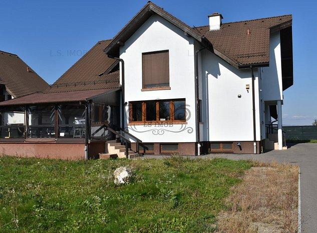Casa/Vila de vanzare cu 10 camere situata in zona nord Brasov. - imaginea 1
