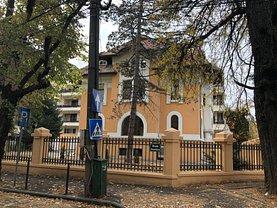 Casa de închiriat 13 camere, în Bucuresti, zona Dorobanti