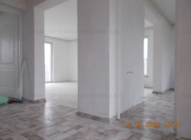 ½ Duplex, Dumbravita, P+E, 4 dormitoare, asfalt - imaginea 1