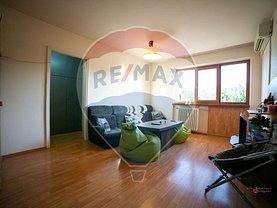 Apartament de vânzare 3 camere, în Arad, zona Central