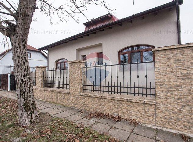 Casa / Vila cu 6 camere de vanzare in zona Sagului - imaginea 1