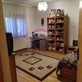 Casa de vânzare 6 camere, în Bucureşti, zona Mărgeanului
