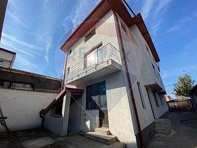 Casa de vânzare 9 camere, în Bucureşti, zona Colentina