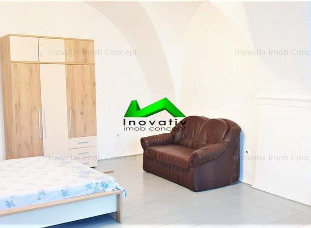 Apartament 2 camere,decomandat,mobilat complet,Central - imaginea 1