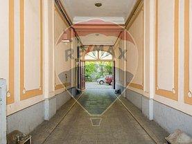 Apartament de vânzare sau de închiriat 5 camere, în Bucuresti, zona Mosilor