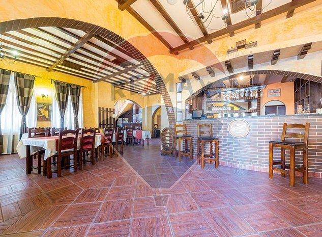 PENSIUNE / HOTEL 11 camere Busteni, 3 stele+, restaurant, terasa - imaginea 1