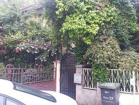 Casa de vânzare 4 camere, în Bucureşti, zona P-ţa Unirii