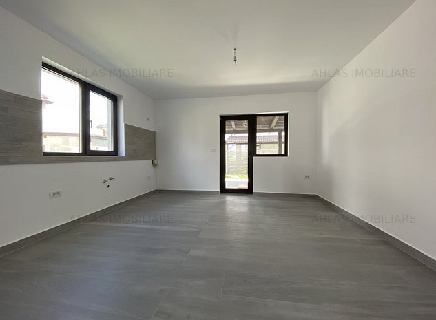 Casa individuala + garaj, situata in Braytim - imaginea 1