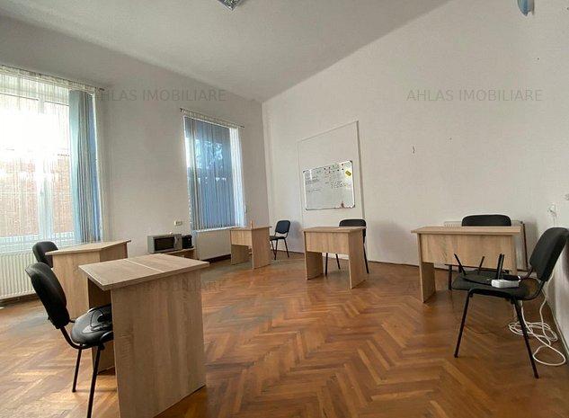 Spatiu de birou, situat in Piata Unirii - imaginea 1