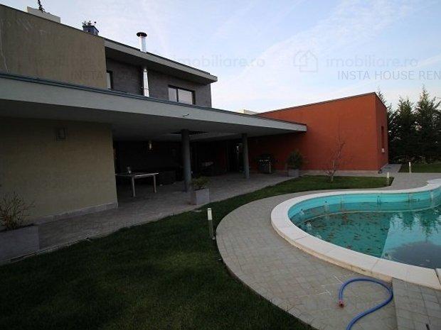 Vila ULTRALUX cu piscina BANEASA - imaginea 1