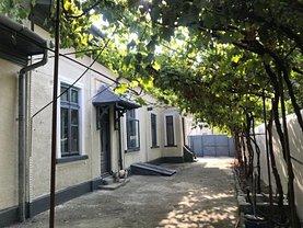 Casa de închiriat 5 camere, în Bucuresti, zona Unirii