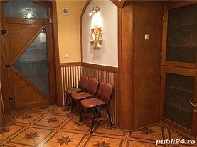Apartament de închiriat 3 camere în Timisoara, P-ta Unirii