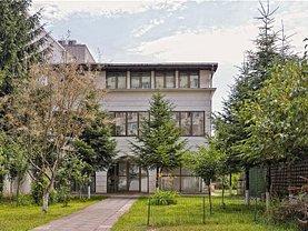 Casa de închiriat 10 camere, în Bucuresti, zona Stefan cel Mare
