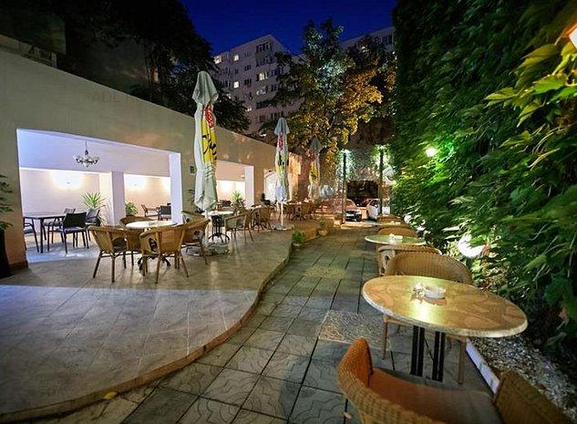 Vanzare vila/restaurant central zona P-ta Victoriei Banu Manta - imaginea 1