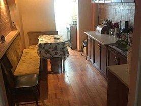 Casa de închiriat 3 camere, în Pitesti, zona Prundu