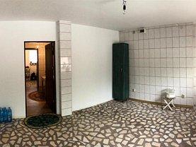 Casa de vânzare 4 camere, în Piteşti, zona Exerciţiu
