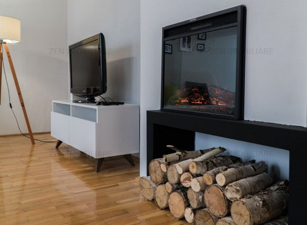 Apartament 3 camere, LUX, Ultracentral, parcare - imaginea 1