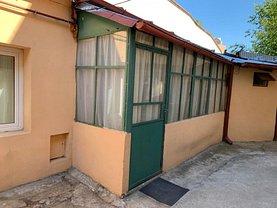 Casa de vânzare 2 camere, în Bucureşti, zona Dacia