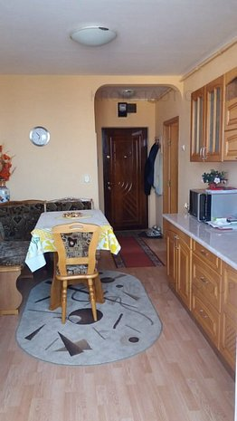 Apartament de vanzare - Blvd Grivitei - imaginea 1