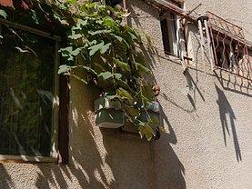 Casa de vânzare 2 camere, în Braşov, zona Dealul Cetăţii
