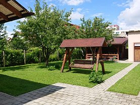 Casa de închiriat 3 camere, în Braşov, zona Astra