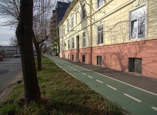 Garsoniera in Complexul Studentesc livrata la cheie - imaginea 1