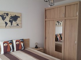 Apartament de închiriat 2 camere, în Iaşi, zona Piaţa Unirii